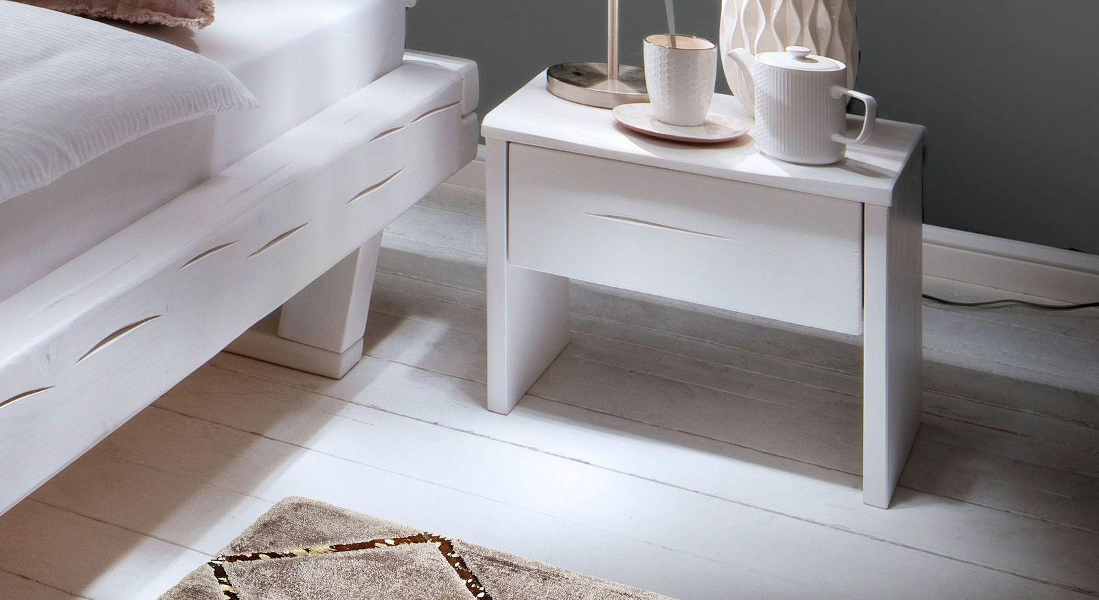 Fichtenholz-Nachttisch mit Schublade